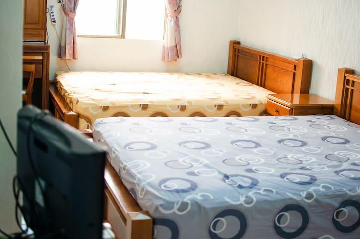 AlongSea45 - 2 Double Rooms - Fangliao Township - Dom