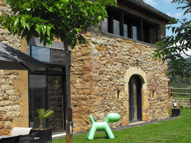 Appartement de charme à Espalion - Espalion - Daire