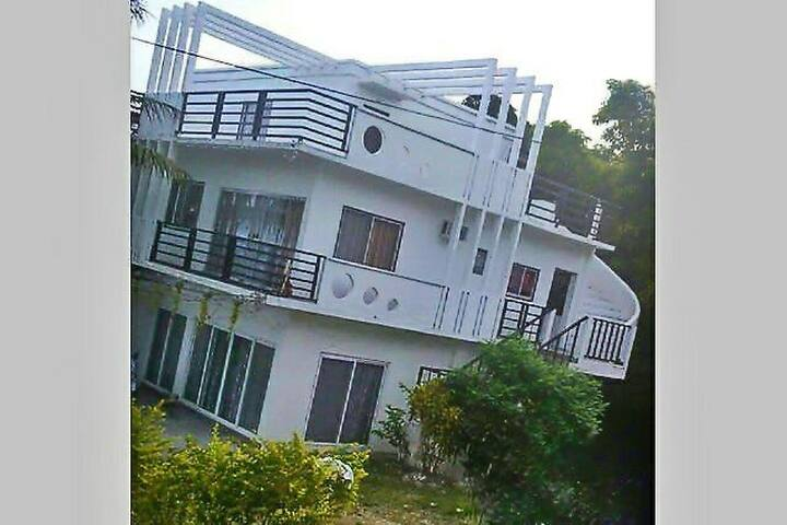 Yama Byu Apartment (sea & mountain view) - Puerto Galera - Daire