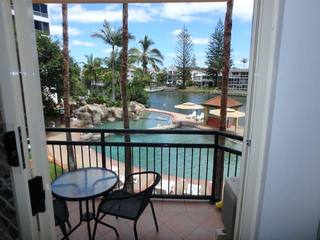 Paradise Island on the Gold Coast - Surfers Paradise - Villa