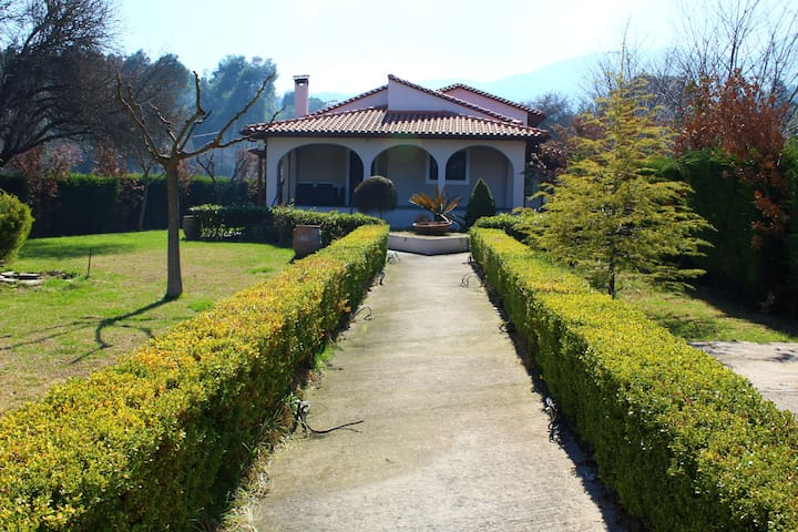 Beautiful House in Amazing location (H2) ~ - Prokopi