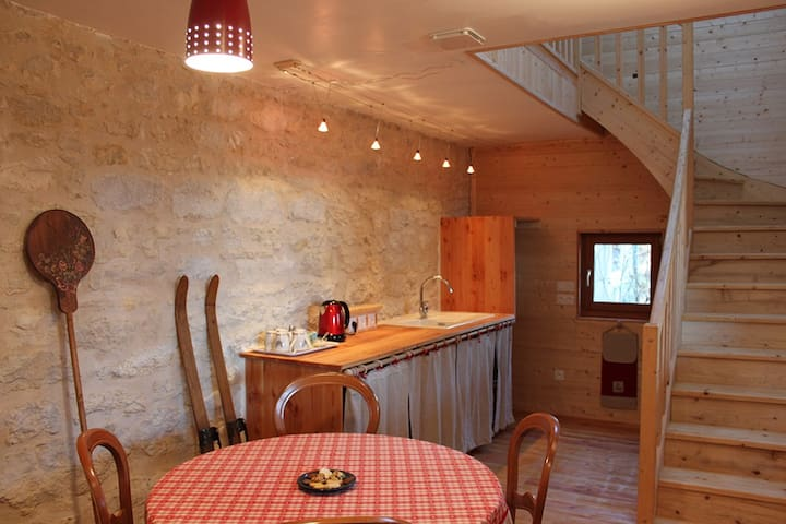 Val'reley - Champagne-en-Valromey - Bed & Breakfast