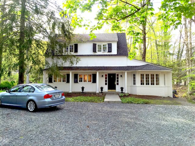 Country Cottage Tuxedo Park : AVAIL. MONTHLY - Tuxedo Park - Haus