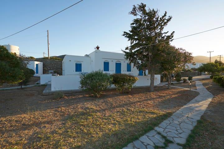 Holiday Villa in Exambela Sifnos - Kato Petali - Villa