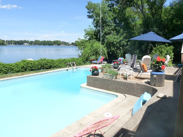 Resort Home on Bass Lake - In-ground Pool - Minneapolis - Hus