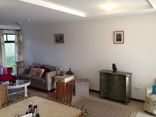 Apartamento acogedor en Heredia!! - San Pablo - Daire