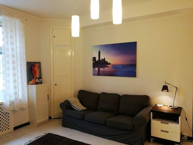 Comfortable and stylish studio in vibrant Kallio - Helsinki - Huis