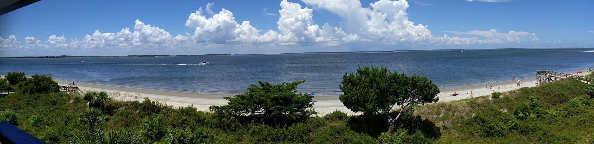 Sand Dollar - Beachfront Condo 1BR/1BA - Tybee Island - Appartement en résidence
