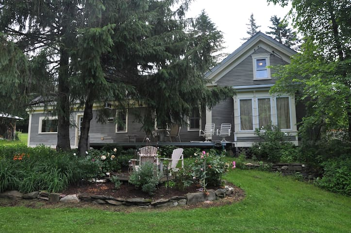 3 rooms to rent in beautiful Lincoln farmhouse. - Lincoln - Casa