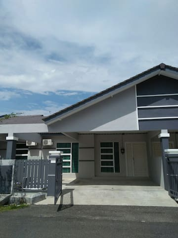 Achutra Homestay Malacca - Melaka - Ev
