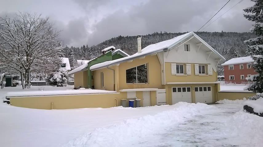 Sous Nierme - Oyonnax - Casa
