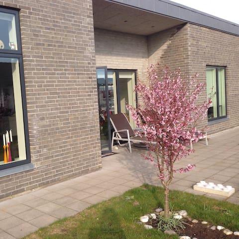 Skønt nyt hus i Ringkøbing - Ringkøbing - Hus
