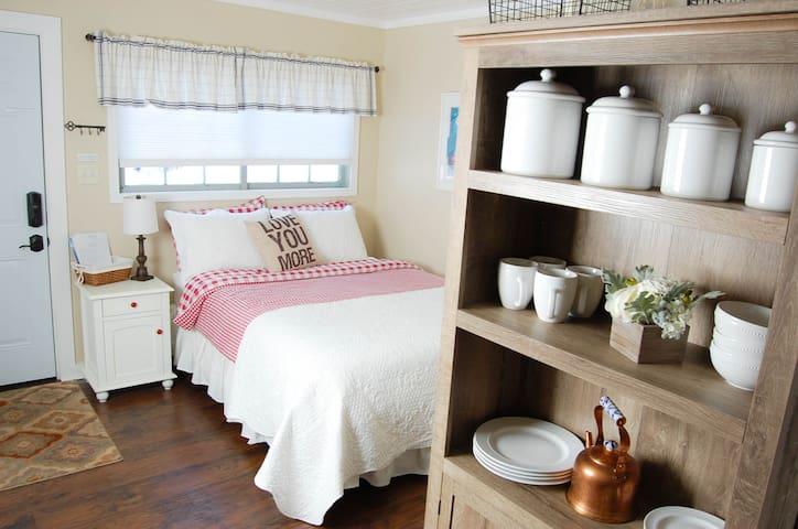 Tiny Tahoe Rental - Tahoma - Sommerhus/hytte
