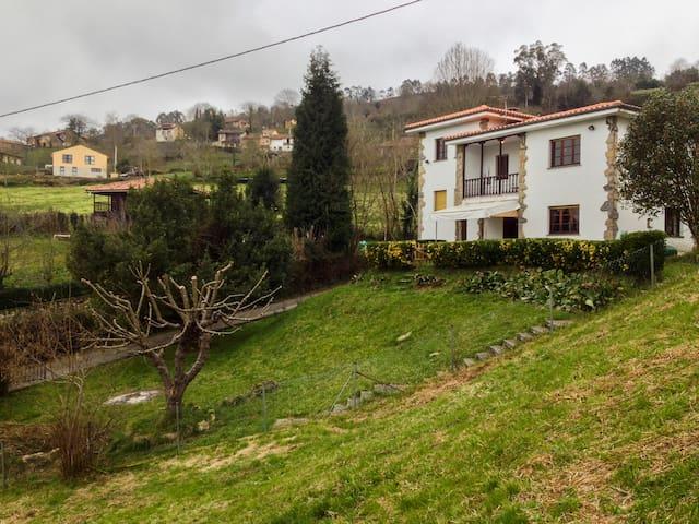 Country home in Argandenes, Piloña - Argandenes - Huis