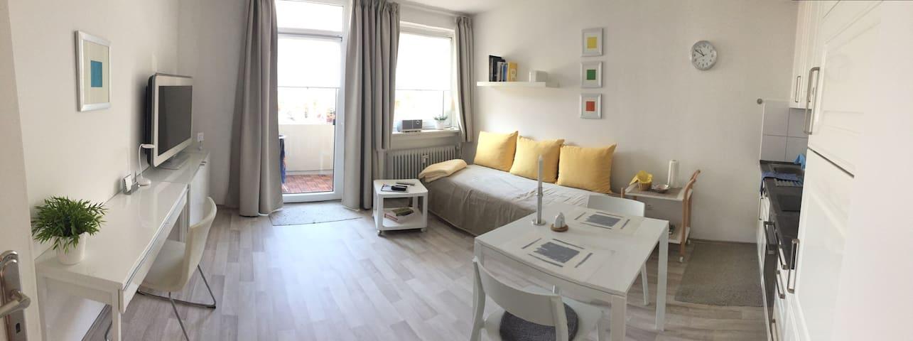 Neu renoviertes, modernes Apartment in Oberhaching - Oberhaching - Leilighet