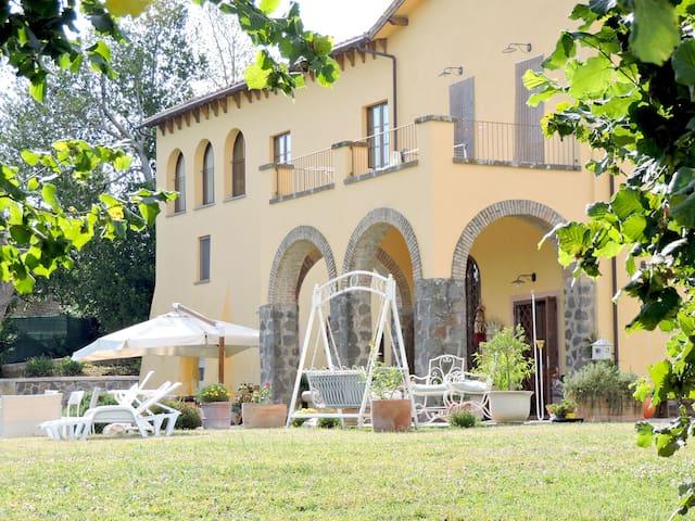 Casale Fedele - Family B&B - Ronciglione - Lägenhet