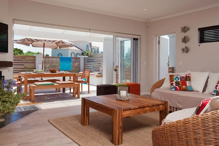 Nautilus Beach House - Cape Saint Francis - Huis