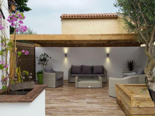 Belle petite maison près des plages - Frontignan - Huis