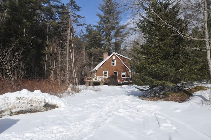 Cozy Cabin close to skiing, golf, and town - Waitsfield - Hus