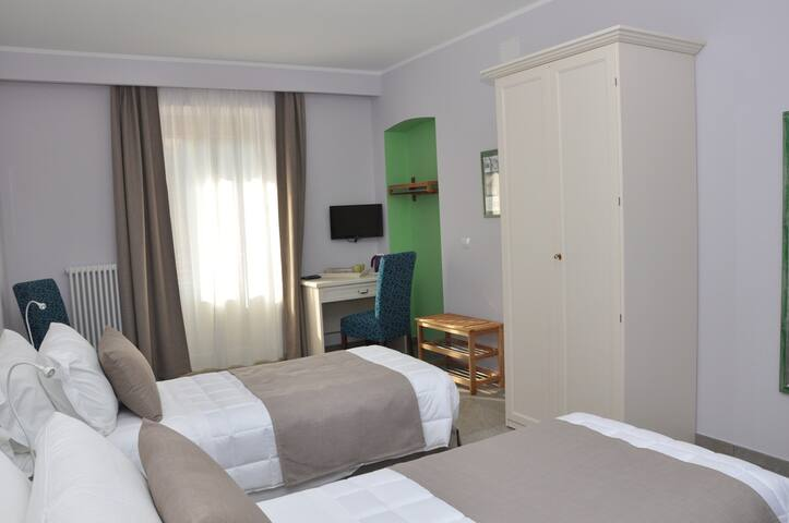 BED AND BREAKFAST GIA' SERA - Venaria Reale - Pousada