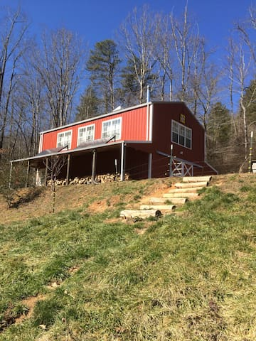 The Barn Loft @ Slick Rock Farms - Hendersonville - Loft