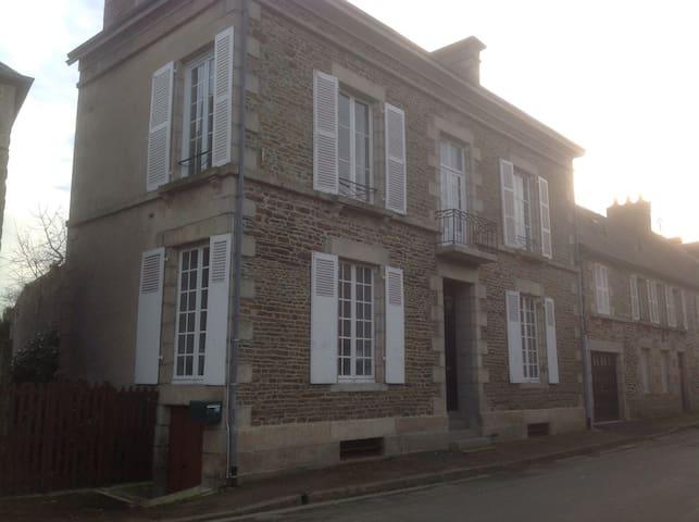 15 Rue De Le Magdeleine,Couptrain - Couptrain - Casa