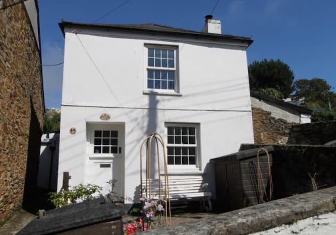 Traditional, detached sunny Cottage - Polruan - Casa