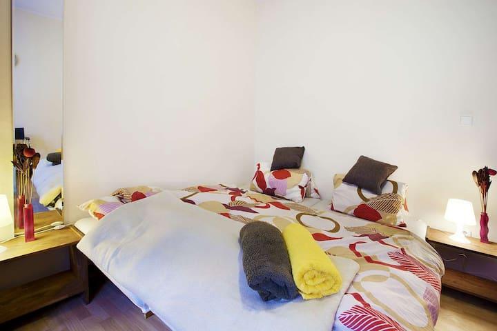 Cozy room 16m2 (close moto GP) - Brno - Appartement