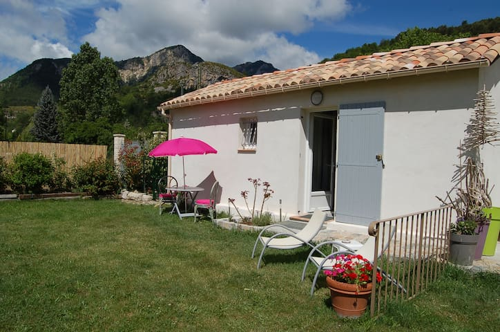 WAHO Cottage - Castellane - Andre