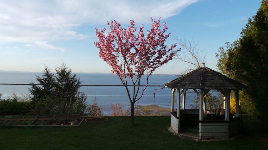 Private Oceanfront Cliff House - Atlantic Highlands - Maison