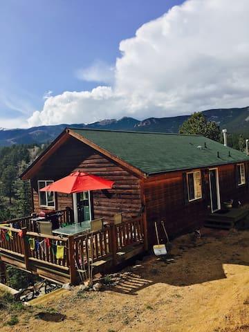Harris Park Cabin on Hall Road - Bailey - Cabaña