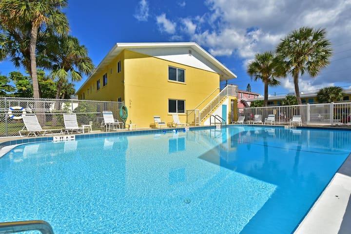 Anna Maria Island Cozy 2 BR Condo - Bradenton Beach - Appartement en résidence
