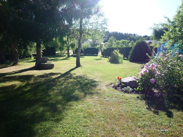 Maison à Prunières (proche du Malzieu) 10 min A75 - Le Malzieu-Ville - Haus