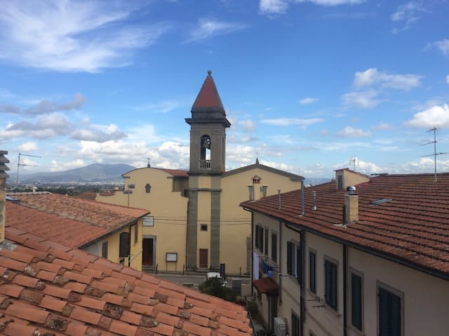 Attic near Florence - Comeana - Loft