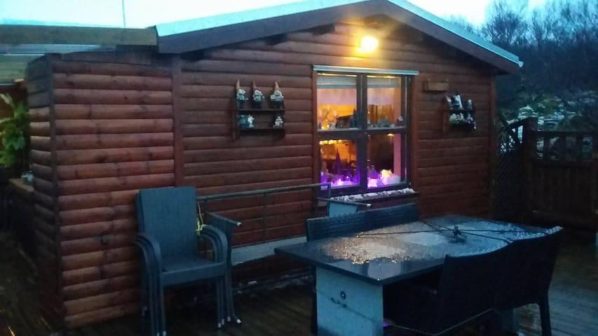 Beautiful cozy nature cabin in Borgarnes - Borgarnes