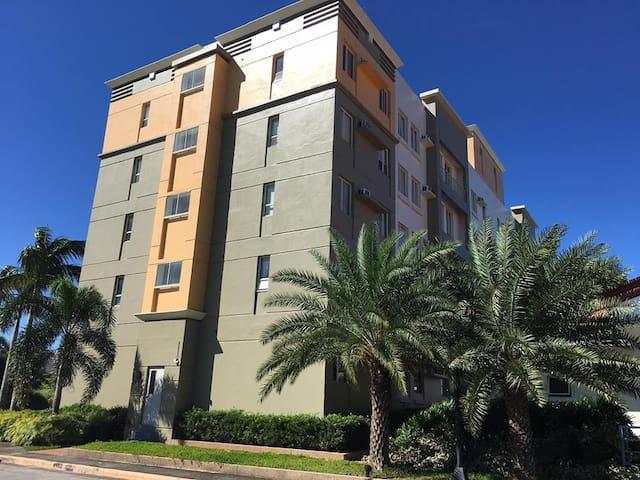Sweet Escape Condo Unit at Florida Sun - General Trias - Condomínio