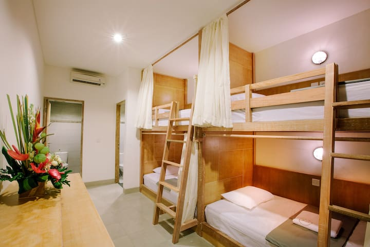 LOKAL BALI HOSTEL 4 BED MIXED - 1 PAX - South Kuta - Dortoir