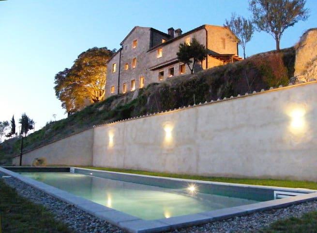 Appartamento con piscina in casale del 1600 - Radicondoli - Lägenhet