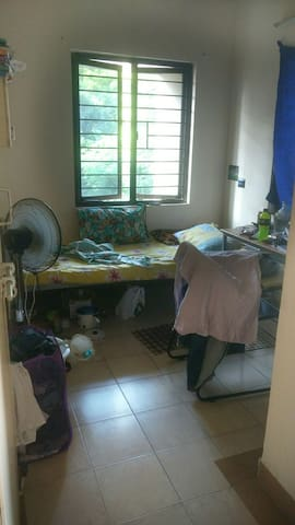 Neat,clean room economical. Peace. - Puducherry - Wohnung