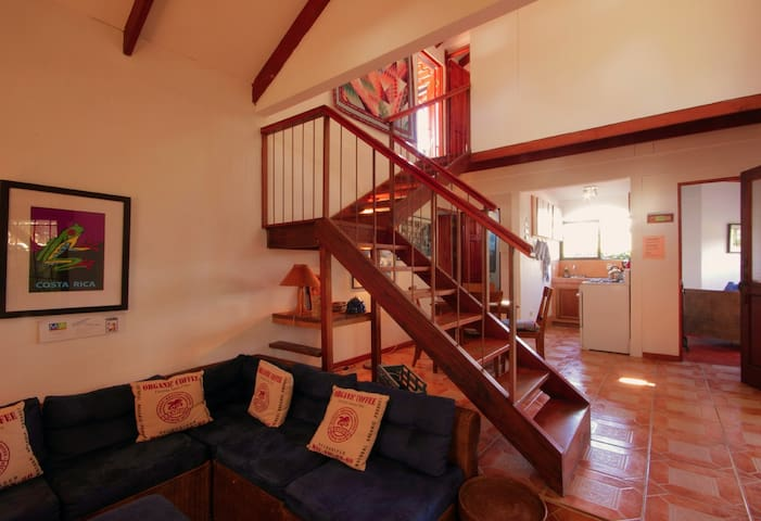 Chalet with volcano view  for 2 - 5 PAX - Orosi - Chalet