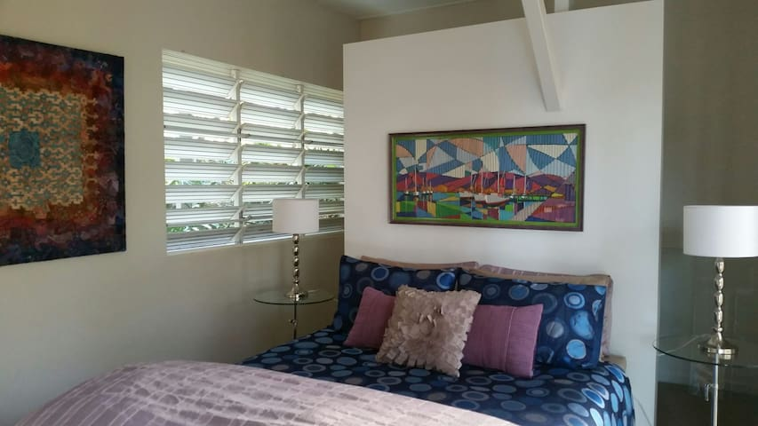 Pets Welcome Contemporary Apartment on Acreage - Tinbeerwah - Pis
