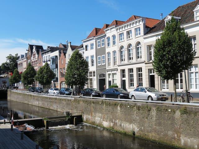 Lovely secret apartment in citycenter - 's-Hertogenbosch - Rumah bandar