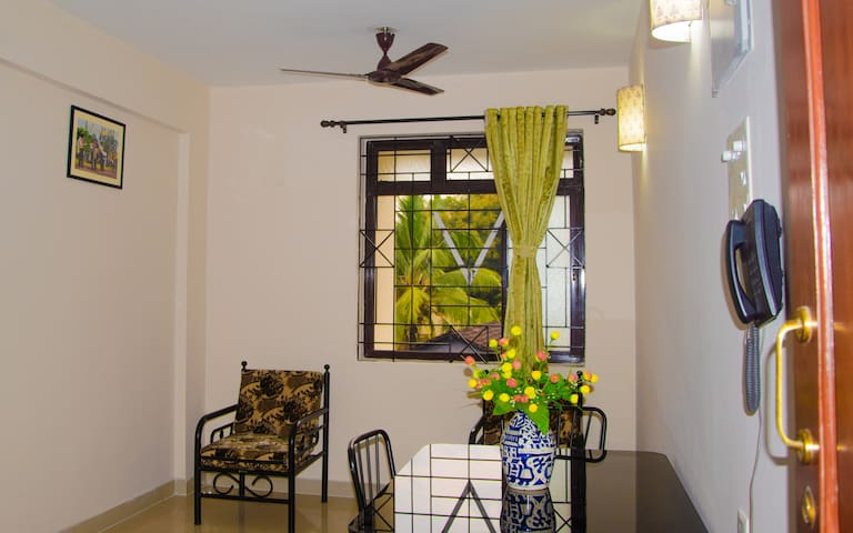 SERVICE APARTMENT (2 BHK) - South Goa - Appartement