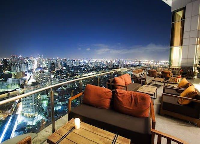 空中酒吧+夜市+ 2分钟BTS中文沟通 - 曼谷