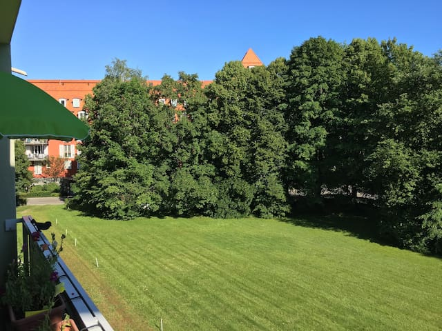 Sunny 1 Room Apartment - München - Leilighet