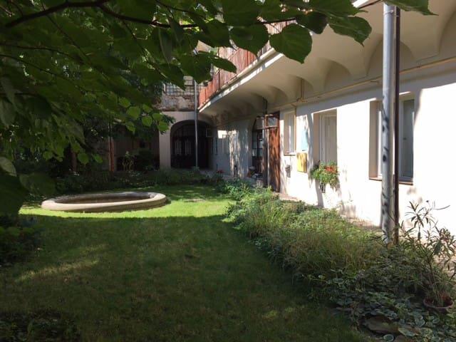 Apartment in the house of Sándor Márai - Košice - Lägenhet