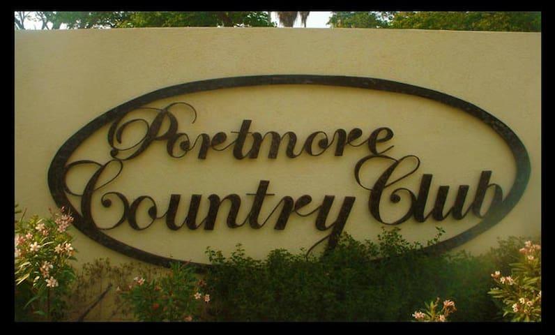 Coolahah Manor, Portmore - Portmore - Hus