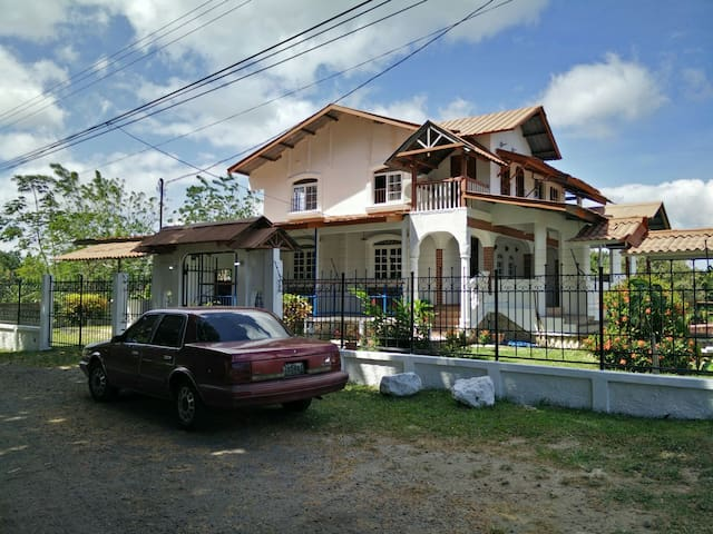 Hermosa Casa de Campo en Penonome, Panama - Penonome Chigore