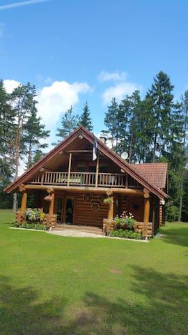 Beautiful, cozy and romantic getaway in Saaremaa - Leisi - Andre