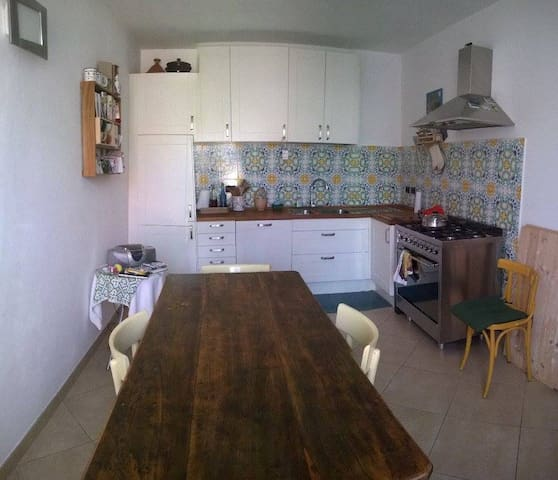 Hospitable house, zone center. - San Colombano al Lambro